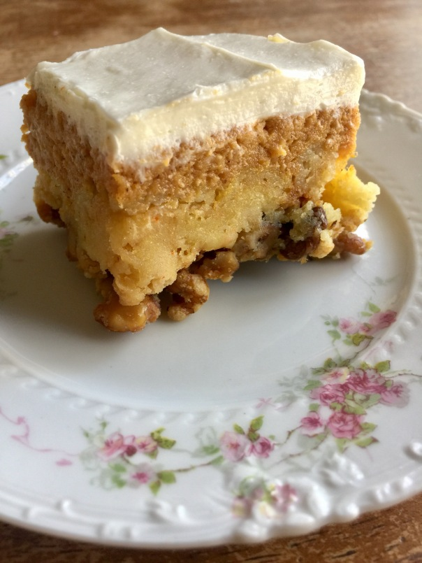 pumpkin crunch cake recipe pumpkin crunch cake bars suebthefoodie 6854